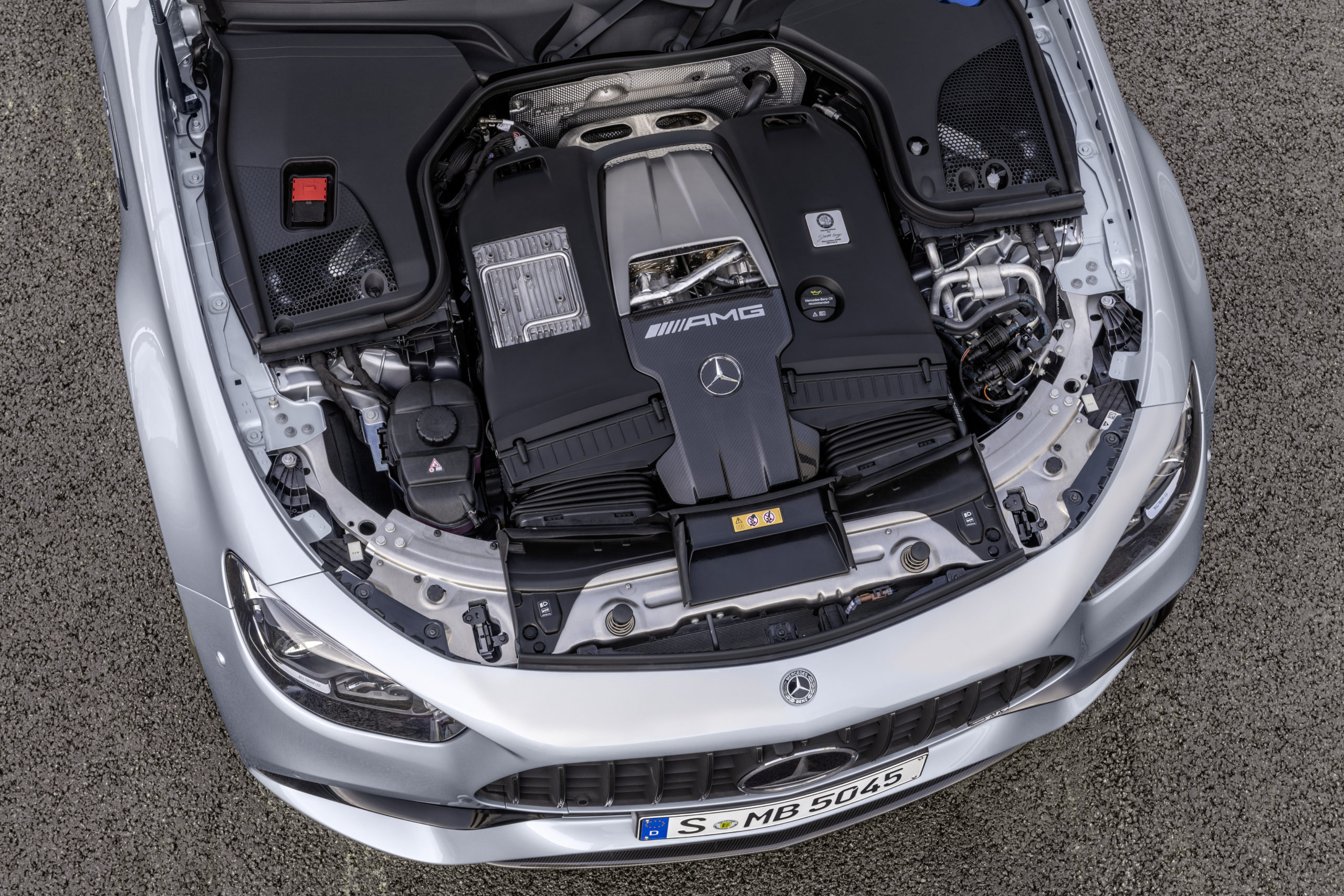 Motorn i Mercedes-AMG E 63 S från 2020