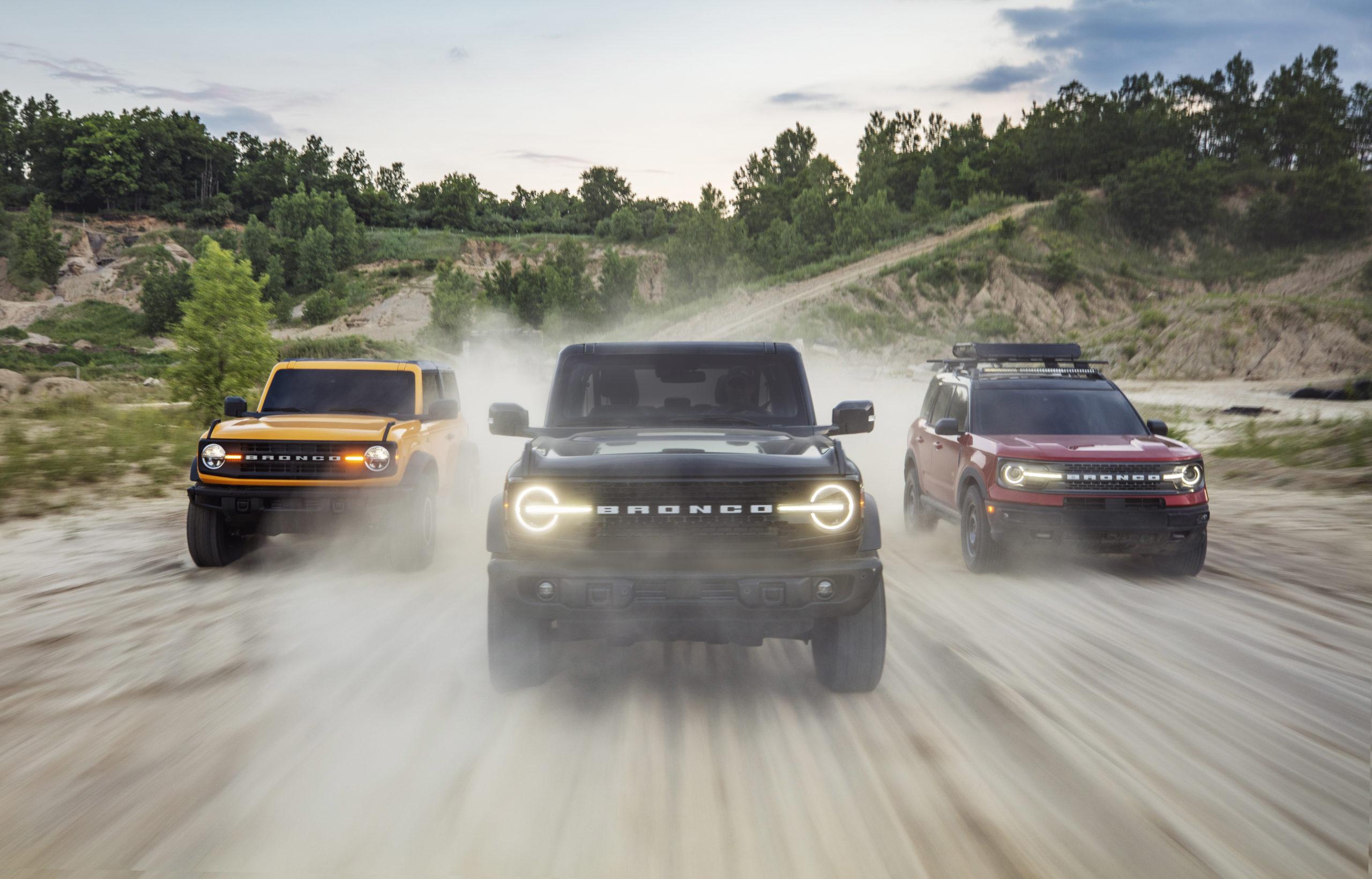 Omslagsbild med alla Ford Bronco