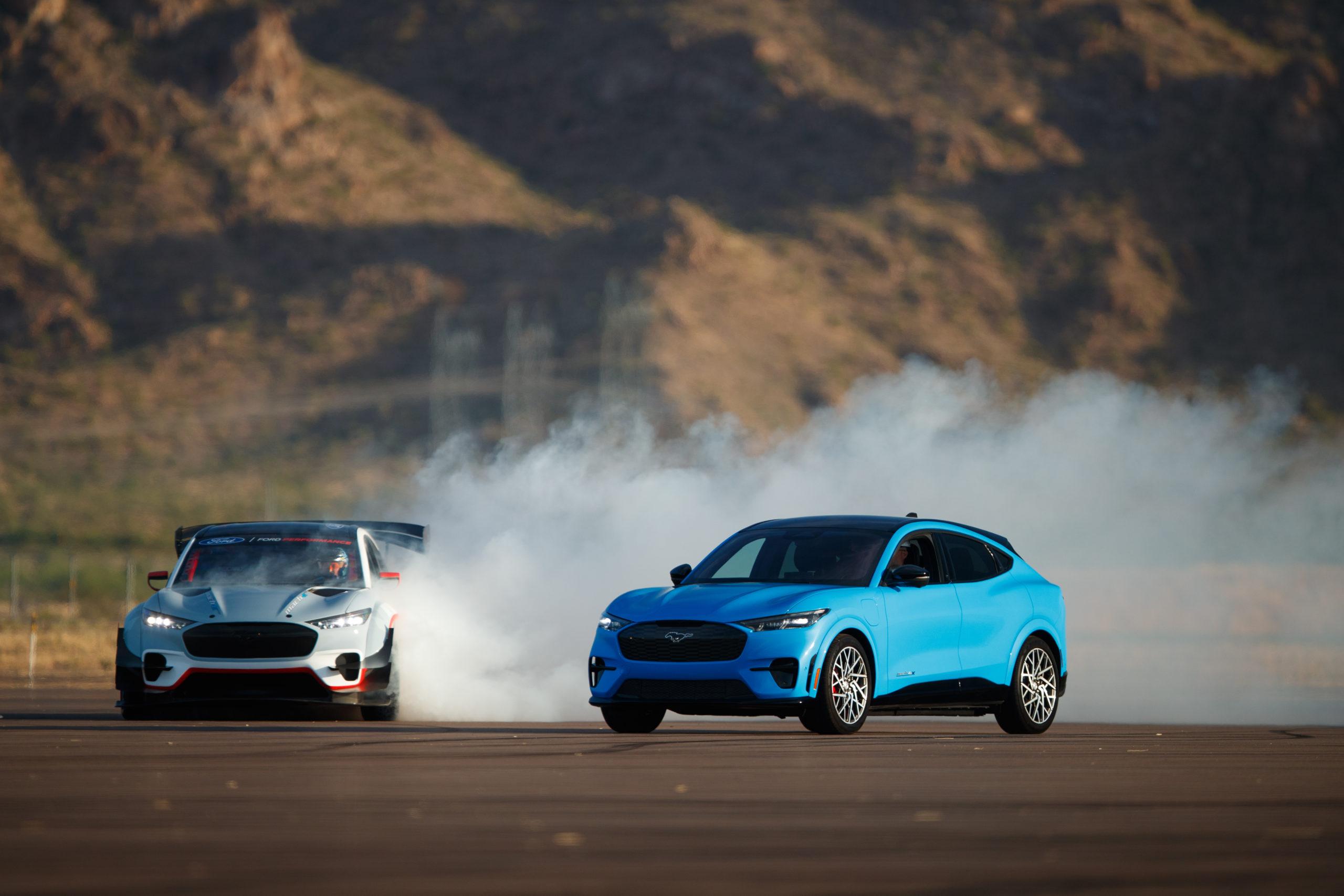 Mustang Mach-E sladdar
