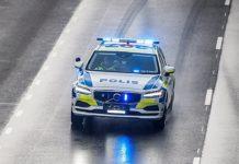 omslagsbild föreställandes en svensk polisbil