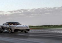Koenigsegg Gemera på flygfält